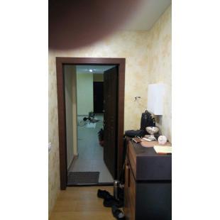 Откосы на входную двери в цвете Малага черри кроскут