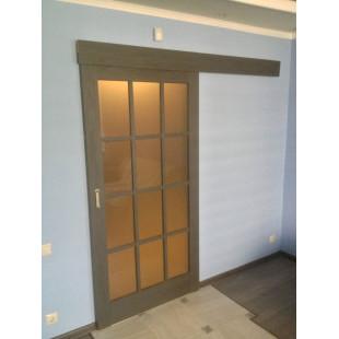дверь 102х в интерьере (пекан темный)