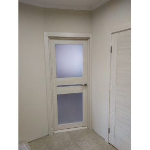 Фото двери 70х эшвайт в интерьере