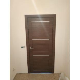 Фото двери 42х малага черри в интерьере